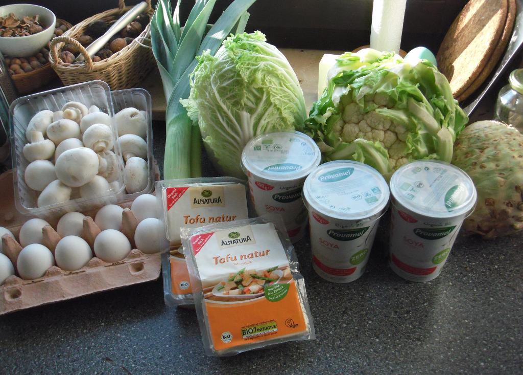 Einkauf für vegetarische Low-Carb-Diät